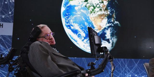 Tim Cook: Stephen Hawking truyền cảm hứng cho tất cả chúng ta - ảnh 3