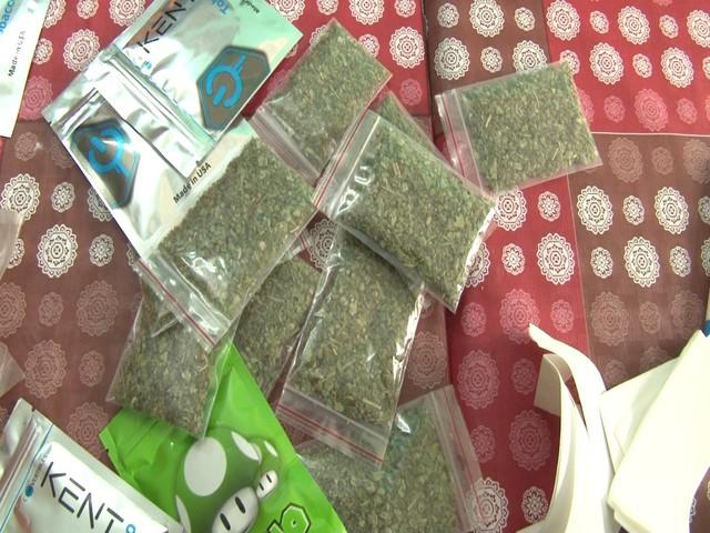 Ngụy trang bán bắp rang để tiêu thụ cỏ Mỹ tại TT - Huế - Ảnh 1.