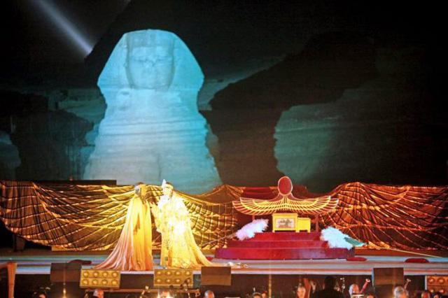 Biểu diễn opera dưới chân kim tự tháp Ai Cập - Ảnh 4.