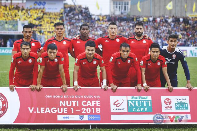 ẢNH: Đình Tùng tỏa sáng, FLC Thanh Hóa giành 3 điểm đầu tiên - Ảnh 3.