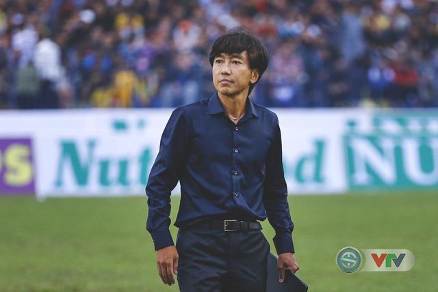 ẢNH: Đình Tùng tỏa sáng, FLC Thanh Hóa giành 3 điểm đầu tiên - Ảnh 4.