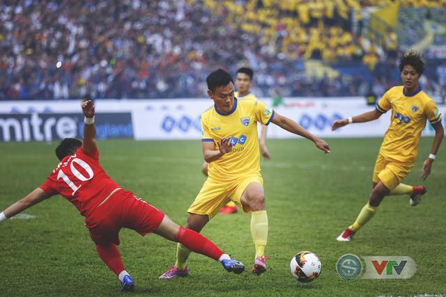 ẢNH: Đình Tùng tỏa sáng, FLC Thanh Hóa giành 3 điểm đầu tiên - Ảnh 7.