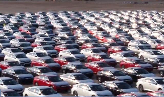Liệu giá ô tô có giảm khi xe nhập khẩu tràn về Việt Nam? - Ảnh 1.