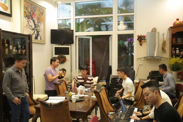Thanh Lam, Trọng Tấn say sưa tập luyện tại nhà riêng NS Phú Quang - Ảnh 3.