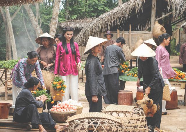 Kim Tuyến xinh hết nấc dù xuất hiện trong loạt ảnh hậu trường - Ảnh 7.