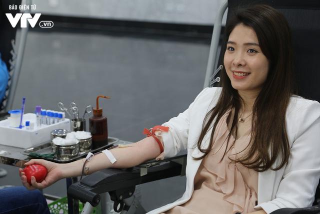 Cán bộ, nhân viên Đài THVN tích cực hưởng ứng Ngày Toàn dân hiến máu tình nguyện - Ảnh 12.