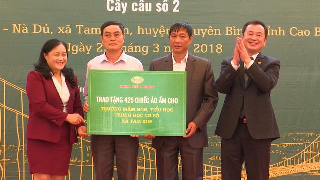 Xây dựng cây cầu dân sinh 1,5 tỷ đồng cho người dân vùng cao tỉnh Cao Bằng - Ảnh 2.