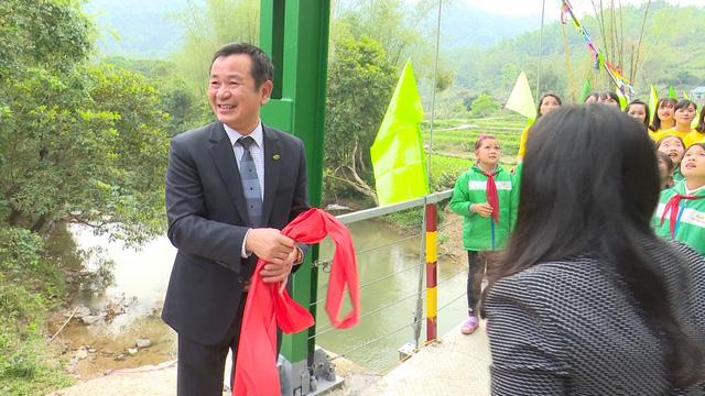 Xây dựng cây cầu dân sinh 1,5 tỷ đồng cho người dân vùng cao tỉnh Cao Bằng - Ảnh 11.