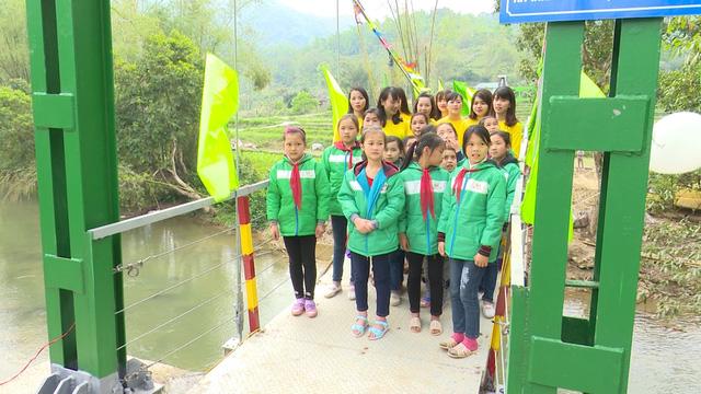 Xây dựng cây cầu dân sinh 1,5 tỷ đồng cho người dân vùng cao tỉnh Cao Bằng - Ảnh 12.