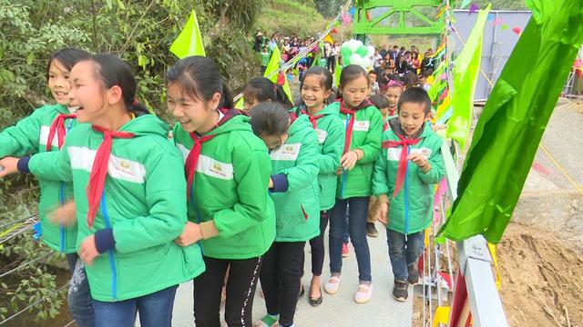 Xây dựng cây cầu dân sinh 1,5 tỷ đồng cho người dân vùng cao tỉnh Cao Bằng - Ảnh 13.