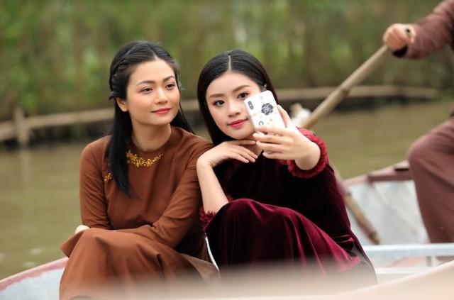 Sao mai Nguyễn Thu Hằng làm em gái diễn viên Kiều Anh trong MV mới - Ảnh 3.