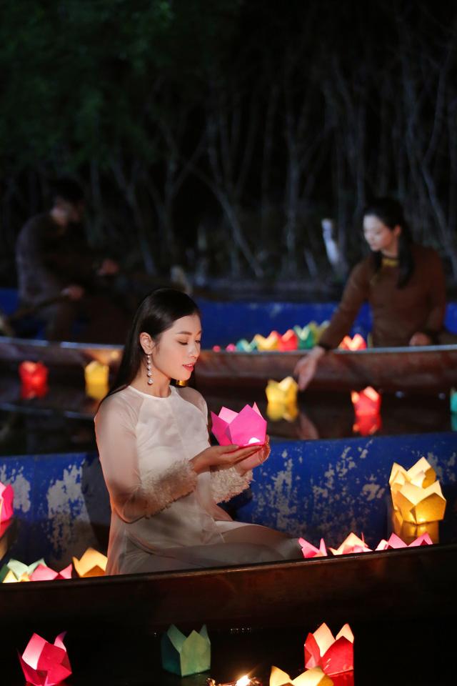 Sao mai Nguyễn Thu Hằng làm em gái diễn viên Kiều Anh trong MV mới - Ảnh 4.