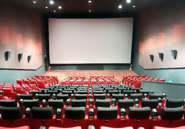 Rạp phim Lotte Cinema trao quà tình thương cho các gia đình khó khăn - Ảnh 4.