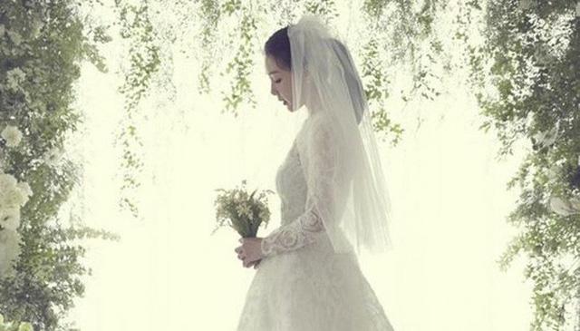 Choi Ji Woo tự tay chuẩn bị mọi thứ cho lễ cưới - Ảnh 1.