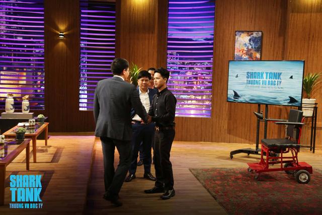 Chùm ảnh 22 màn bắt tay thành công ở Shark Tank Việt Nam mùa 1 - Ảnh 14.