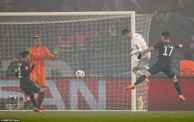 Lượt về vòng 1/8 Champions League: Real Madrid và Liverpool nhẹ nhàng đi tiếp - Ảnh 1.