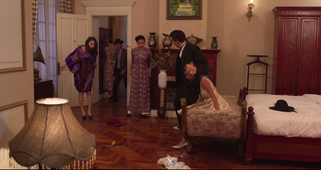 Mộng phù hoa - Tập 11: Ba Trang (Kim Tuyến) suýt bị hủy dung nhan - Ảnh 2.