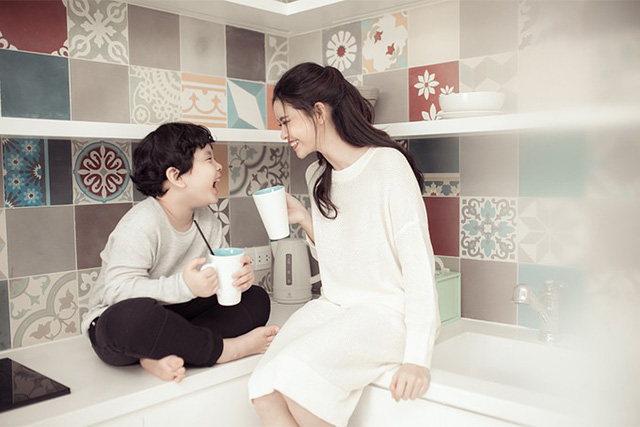 Trương Quỳnh Anh khoe ảnh cùng con trai trong ngày 8/3 - Ảnh 6.