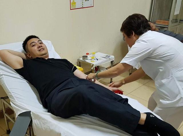 Ngân hàng máu sống cứu sống 4 bệnh nhân - Ảnh 1.
