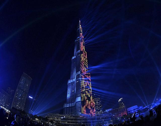 Những hình ảnh tuyệt đẹp tại các quốc gia chào đón năm mới 2018 - Ảnh 6.