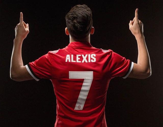 Sau Alexis Sanchez, Man Utd lại đón tin cực vui - Ảnh 2.