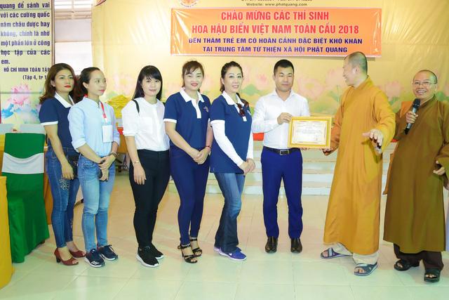 Thí sinh Hoa hậu Biển Việt Nam toàn cầu 2018 lan tỏa tinh thần tương thân tương ái - Ảnh 2.