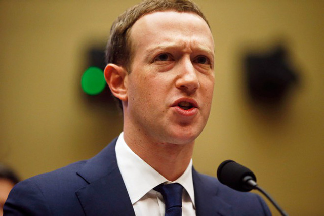 Phiên điều trần thứ hai của Mark Zuckerberg: Nghị sỹ Mỹ yêu cầu Facebook cần hành động nhiều hơn nói - Ảnh 1.