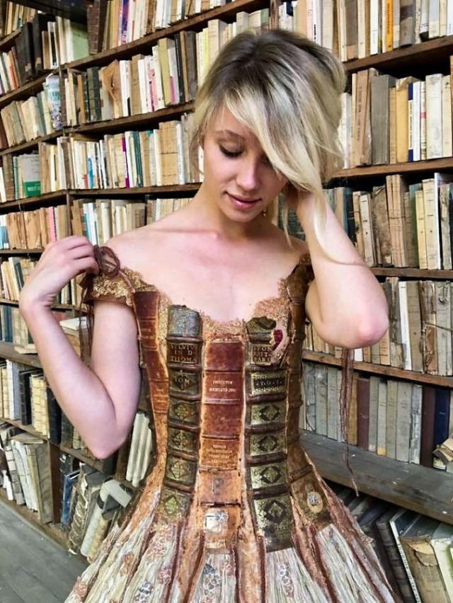 Những chiếc váy độc nhất vô nhị của nữ thiết kế người Pháp - Ảnh 8.
