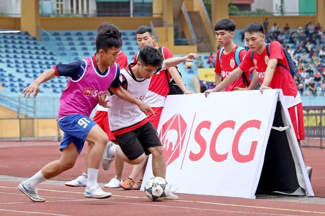 Giải Bóng đá Đường phố SCG được tổ chức ngay trước các trận đấu của CLB Hà Nội tại SVĐ Hàng Đẫy - Ảnh 5.