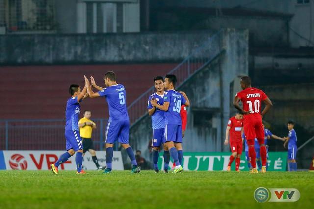 ẢNH: Hàng công kém duyên, CLB Hải Phòng chịu thất bại trước CLB Quảng Nam - Ảnh 18.
