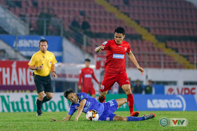 ẢNH: Hàng công kém duyên, CLB Hải Phòng chịu thất bại trước CLB Quảng Nam - Ảnh 5.