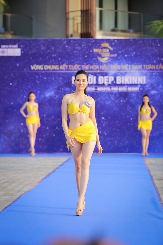 Top 40 Hoa hậu Biển Việt Nam toàn cầu 2018 nóng bỏng trong trang phục bikini, khoe tài năng đa dạng - Ảnh 4.