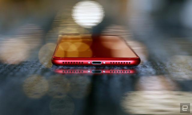 Đẹp lung linh iPhone 8 màu đỏ - Ảnh 4.