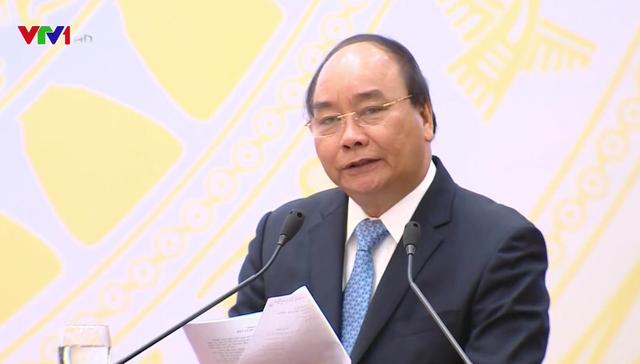 """Thủ tướng Nguyễn Xuân Phúc: """"Không giảm được phí logistics thì không thể tăng sức cạnh tranh"""" - Ảnh 1."""