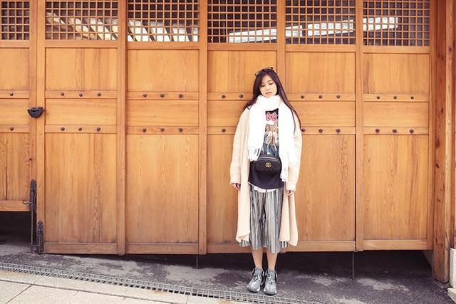 Hoàng Yến Chibi khoe vẻ đẹp trong veo giữa tiết trời Hàn Quốc - Ảnh 4.