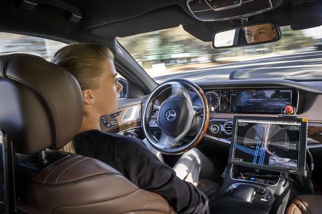 BMW mở trung tâm nghiên cứu xe tự lái tại Đức - Ảnh 6.
