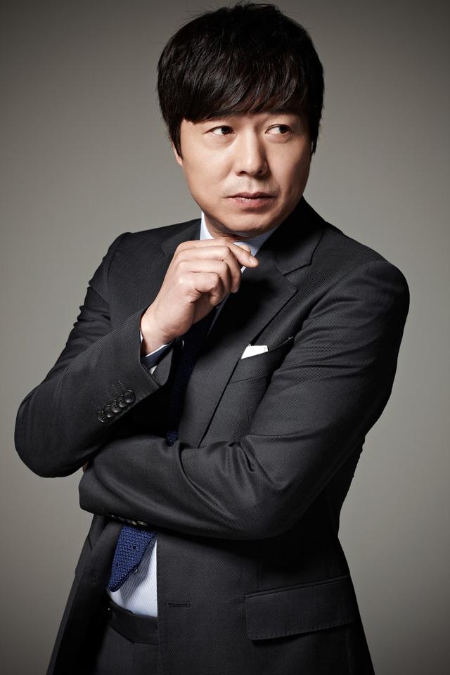 Điểm danh dàn diễn viên trong phim truyện Hàn Quốc Mãi mãi tuổi thanh xuân - Ảnh 2.