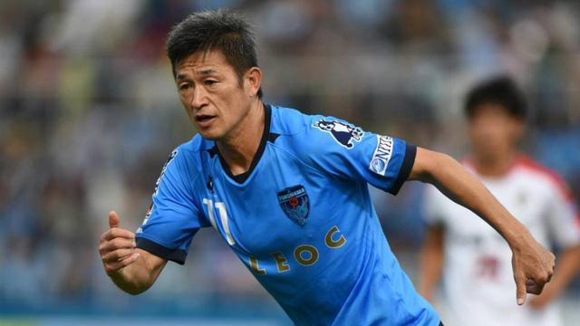 ẢNH: Top 10 già gân của bóng đá thế giới - Ảnh 10.