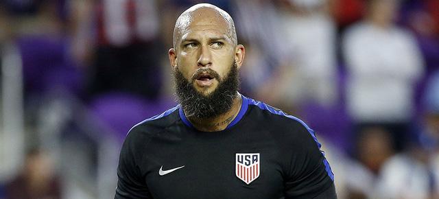 ẢNH: Top 10 già gân của bóng đá thế giới - Ảnh 5.