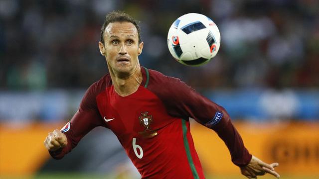 ẢNH: Top 10 già gân của bóng đá thế giới - Ảnh 8.