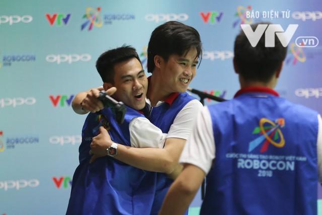 Robocon Việt Nam 2018: Nhiều kỷ lục được xác lập trong ngày thi đấu đầu tiên - Ảnh 5.