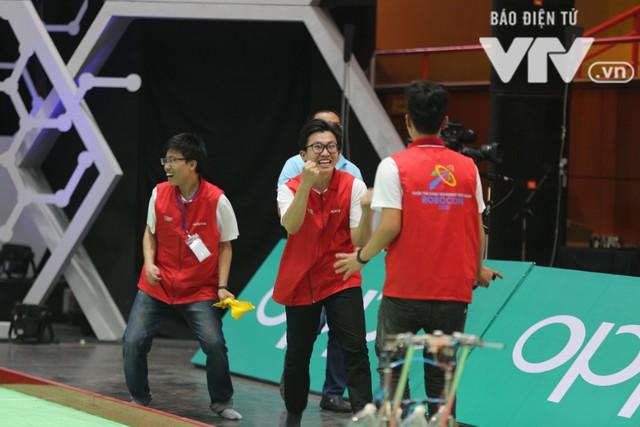 Robocon Việt Nam 2018: Nhiều kỷ lục được xác lập trong ngày thi đấu đầu tiên - Ảnh 27.
