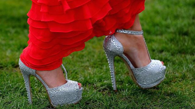 7 lỗi về trang phục, cư xử bạn gái nên tránh khi ra mắt nhà người yêu - Ảnh 2.