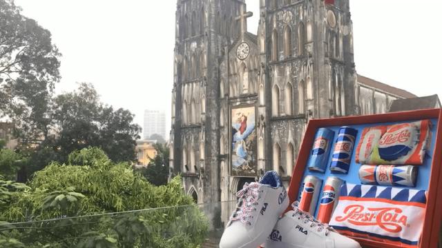 """""""Lật tung"""" cả Hà Nội vì hộp quà chất Pepsi - Ảnh 4."""