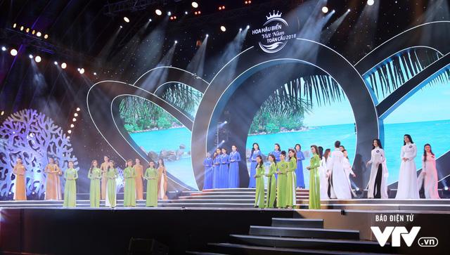 Những hình ảnh ấn tượng đêm Chung kết Hoa hậu Biển Việt Nam toàn cầu 2018 - Ảnh 2.