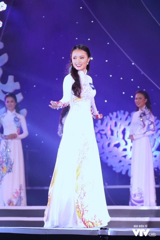 Những hình ảnh ấn tượng đêm Chung kết Hoa hậu Biển Việt Nam toàn cầu 2018 - Ảnh 5.