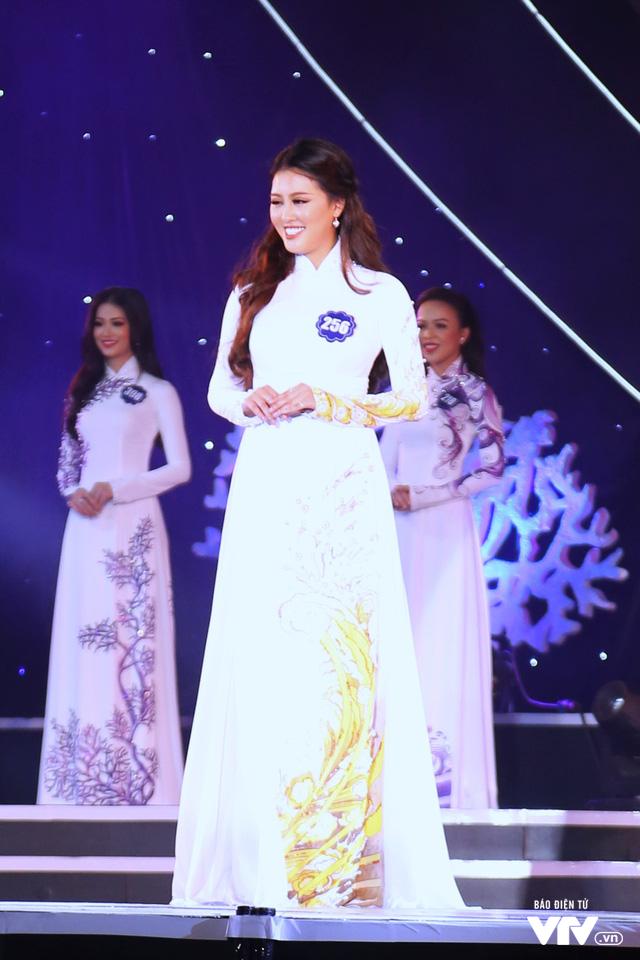 Những hình ảnh ấn tượng đêm Chung kết Hoa hậu Biển Việt Nam toàn cầu 2018 - Ảnh 6.