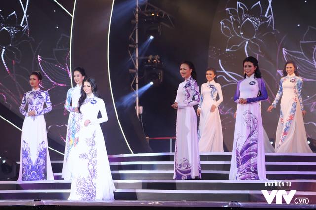 Những hình ảnh ấn tượng đêm Chung kết Hoa hậu Biển Việt Nam toàn cầu 2018 - Ảnh 7.