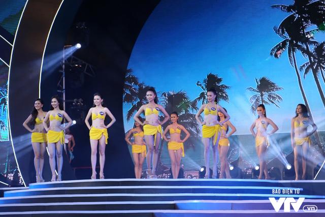 Những hình ảnh ấn tượng đêm Chung kết Hoa hậu Biển Việt Nam toàn cầu 2018 - Ảnh 11.