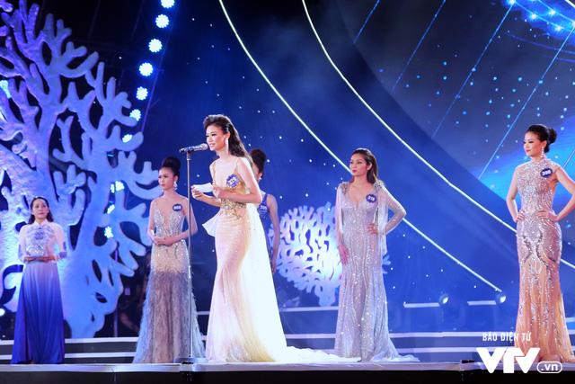 Những hình ảnh ấn tượng đêm Chung kết Hoa hậu Biển Việt Nam toàn cầu 2018 - Ảnh 15.
